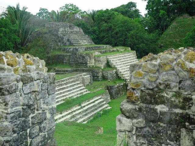 ruinas-de-copan-ruines-ancient-mayan-capital-in-honduras