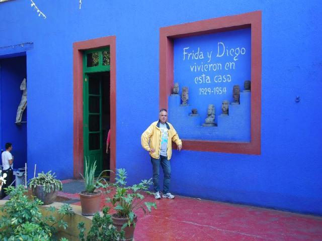 Frida and troski (30)